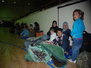 Suriye vatandaşları Türkiyeye sığındı