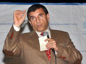 Prof. Dr. Üstün Dökmen konferans verdi