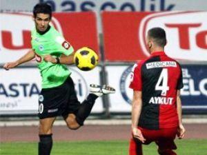 Konyasporda Perez kart cezalısı