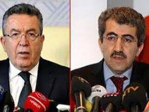 Talebeler Ali Demirin elini öpsün