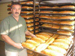Rekabet ekmek fiyatını yarıya düşürdü