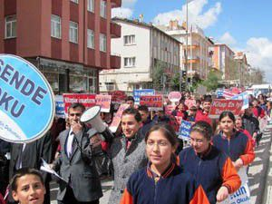 Seydişehirde Gençlik Yürüyüşü