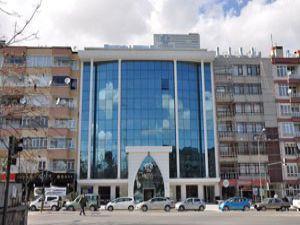 Meram Belediyesi kendi binasına taşındı