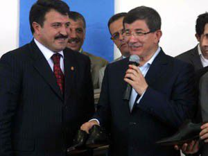 Davutoğlu Ayakkabı Sektörü panelinde