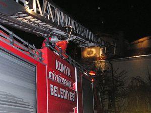 Konyada apartmanda yangın