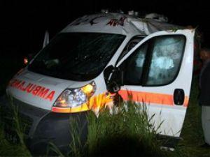 Konyada ambulans kaza yaptı; 3 yaralı