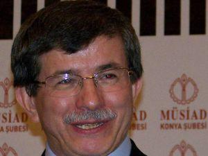 Ahmet Davutoğlunun kitaplarına Yunanistanda büyük ilgi