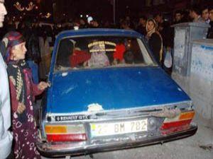Polis bile şaşkın! bir otomobilde 13 kişi