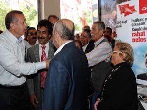 Başbakan, CHPyi ziyaret etti