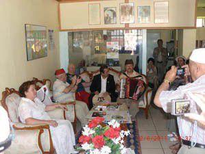 Romanyalı Tatarlar Mevlânayı ziyaret etti