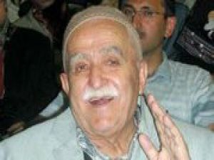 "Nursi talebesi Mustafa Sungur ""Ak Parti"" dedi"