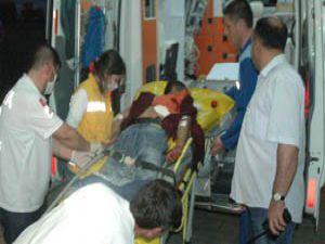 Karatayda ev bastılar: 1 ağır yaralı