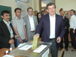 Ahmet Davutoğludan seçim mesajı