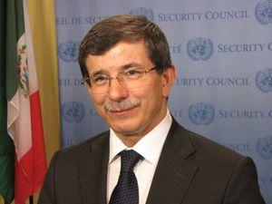 Bakan Davutoğlundan Suriye atağı