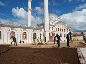 Karatay camilerinin çehresi değişiyor