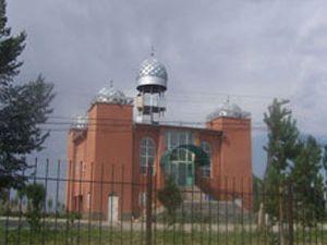 Azerbaycan camilerimizi kapatıyor