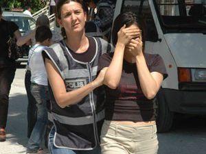 Konyada 12 kaçak yolcu yakalandı