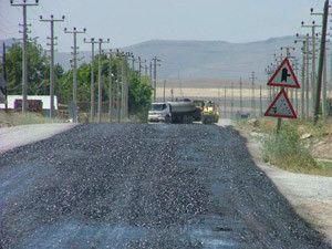 Kuluda bozuk yollarda onarım sürüyor