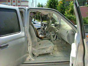 Park halindeki araç kendi kendine yandı!
