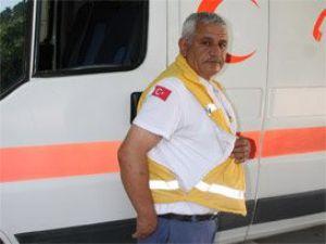Yol isteyen ambulans şoförünü dövdü