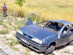 Otomobil takla attı;16 yaşındaki genç öldü