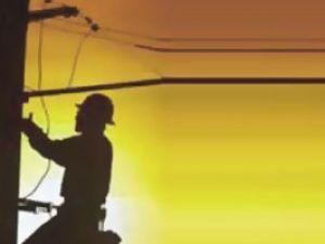 Elektirk akımına kapılan işçi yaralandı
