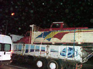 Kamyon kasasında kamyon görenleri şaşırttı