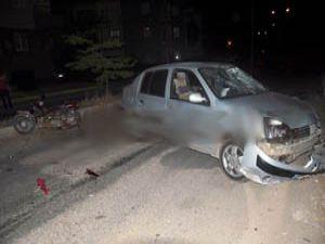 Seydişehirde otomobille motosiklet çarpıştı