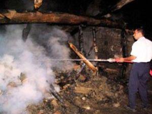 Seydişehirde evin garajı yandı