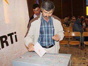 Sarayönü Ak Parti yeni başkanını seçti