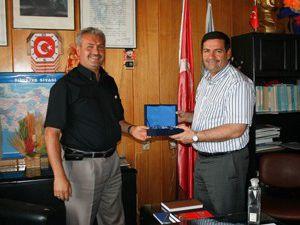 AK Partiye katılan Belediye Başkanlarına ziyaret