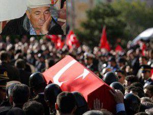 13 şehidimiz için Diyarbakırda tören