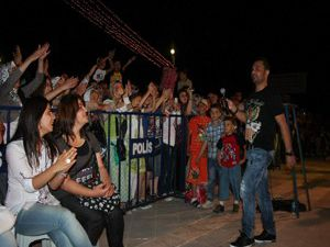 Konyada Niran Ünsal protesto edildi