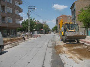 Cadde ve sokaklar modernize ediliyor