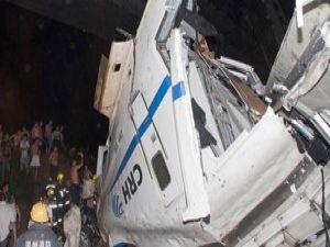 Hızlı tren kazası: 16 ölü