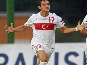 Genç oyuncu UEFAya manşet oldu