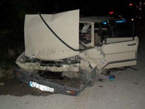 Düğün dönüşü kaza: 1 ölü, 5 yaralı
