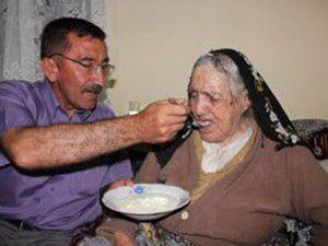 106 yaşındaki nine uzun yaşamın sırrını anlattı