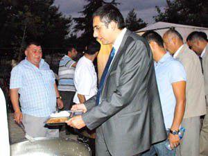 Akış, Beyşehirde iftar çadırına konuk oldu