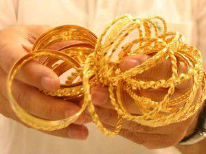 Altın fırladı olan sarraflara oldu