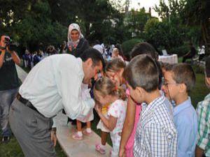 Vali Doğan kimsesiz çocuklarla iftarda buluştu