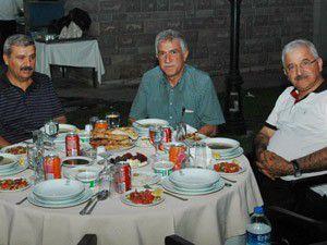Senato üyeleri iftar yemeğinde buluştu