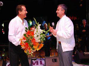 Ahmet Özhandan muhteşem konser