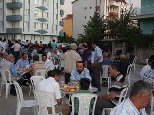 Beyşehirde toplu iftar yemeği