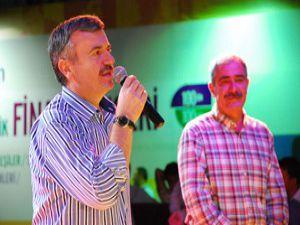 Fatih Kısaparmakın muhteşem konseri