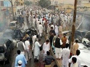 Pakistanda bombalı saldırı: 20 ölü