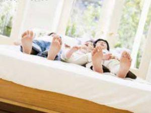 Sıcaklarda rahat uyku çekmenin yolu