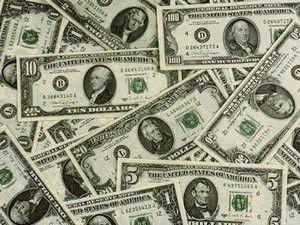 Dolar vatanına kaçtı