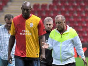 Kobe, Galatasarayı ziyaret etti