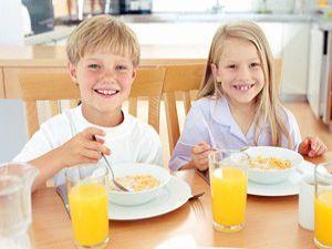 Kahvaltı yapan çocuklar daha başarılı